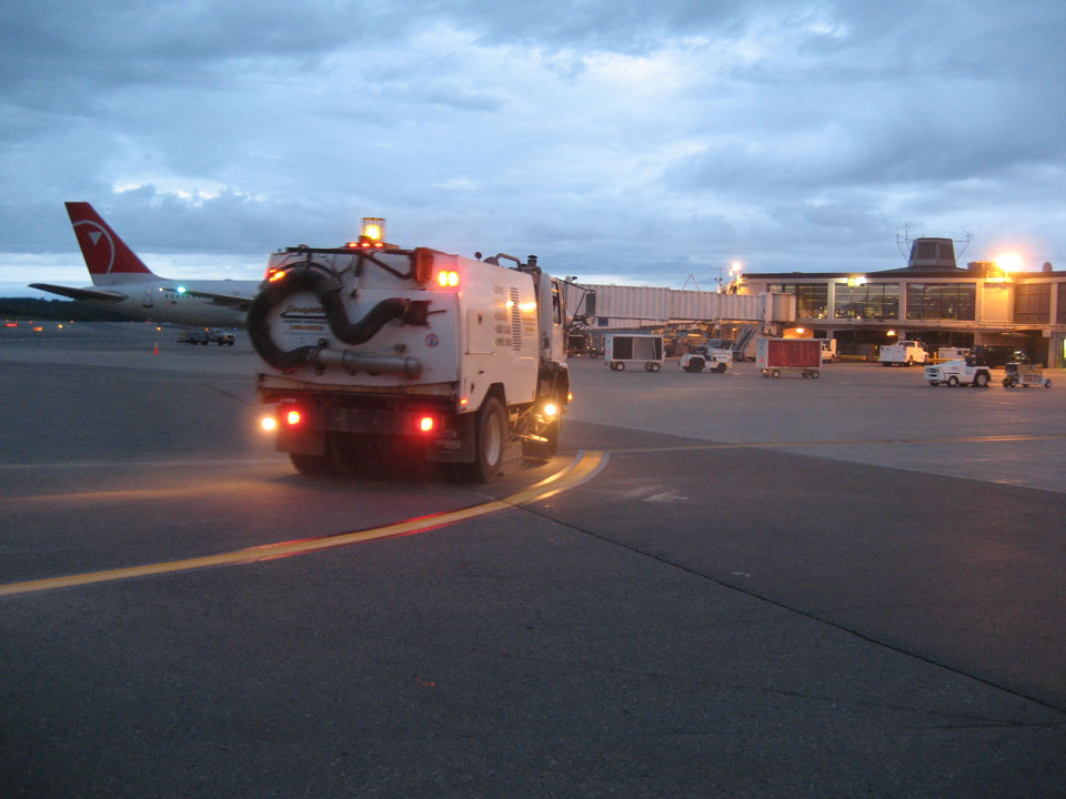 Straightline: Street Sweeping, Sealcoating and Pavement Marking in Anchorage - Gallery Item #22